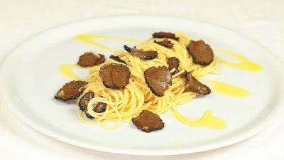 Spaghetti al tartufo nero