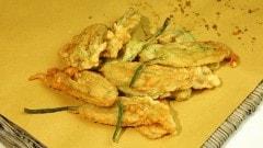 Frittelle di fiori di zucca