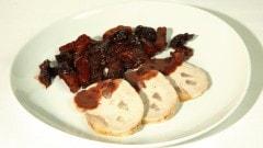 Arista di maiale con prugne e albicocche