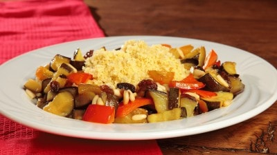 Cous cous con verdure in agrodolce