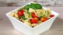 Insalata di pasta fredda alla napoletana