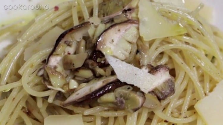 Spaghetti con porcino crudo