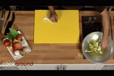 Tagliolini con cucchi (ovuli) e porcini