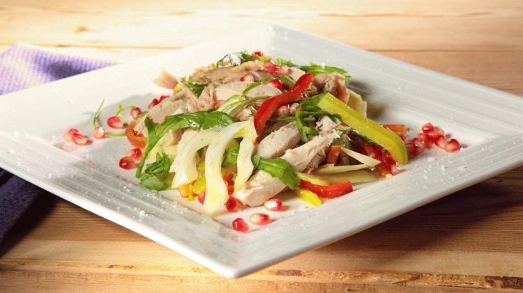 Insalata di pollo con salsa alla senape