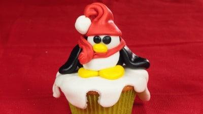 Cupcake con pinguino natalizio