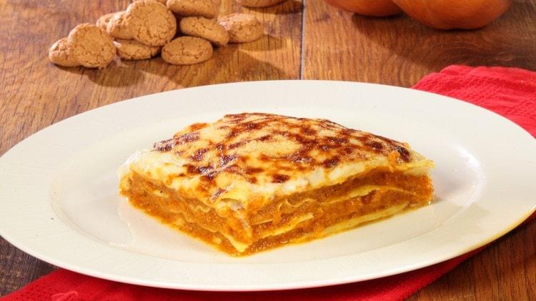 Lasagne zucca e amaretti