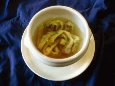 Zuppetta con tagliatelline di frittata