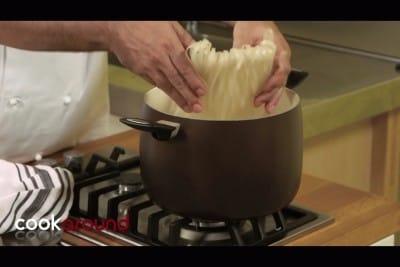 Tagliatelle di riso con le cozze