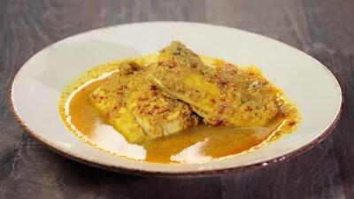 Lal machhali - Pesce in chutney di peperoncini