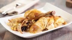 Pollo ripieno di Natale alle prugne