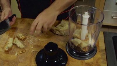 Pasta con pangrattato e peperoncino