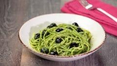 Vermicelli al pesto di rucola e olive
