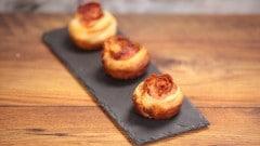 Rose di sfoglia con parmigiano e bacon
