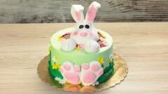Torta con coniglietto