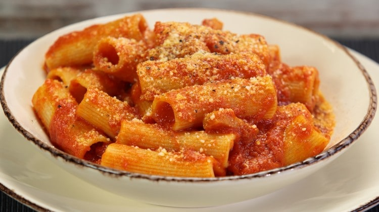 Rigatoni all'amatriciana di Luca