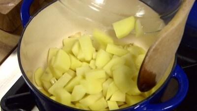 Zuppa di patate e fagioli alla morconese