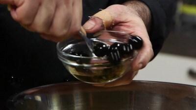 Insalata fredda di risoni con feta e peperoni