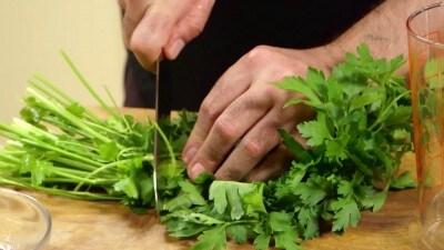 Lingua bollita con salsa verde
