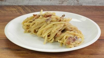 Linguine alla crema di verza e pancetta