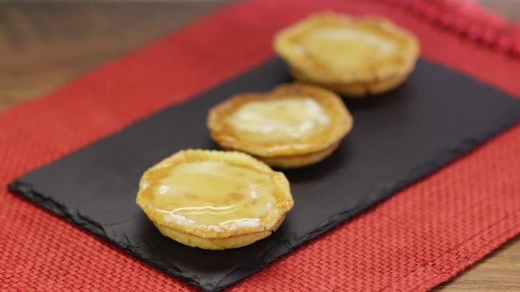 Crostatine di ricotta con gelatina al passito