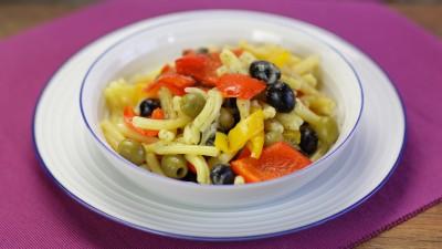 Pasta peperoni e olive
