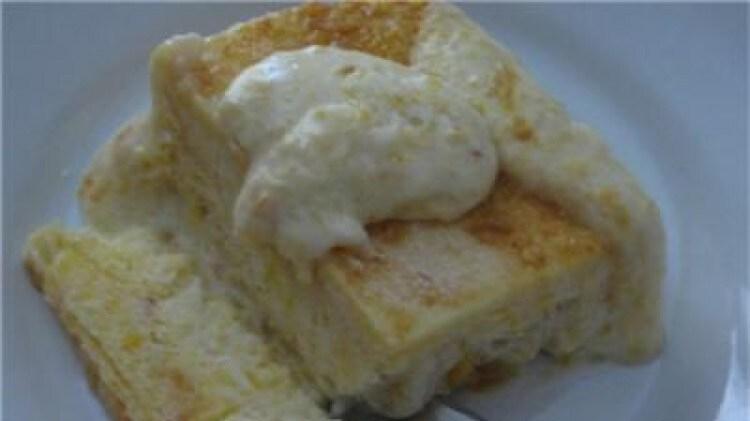 Semifreddo allo yogurt e pesche