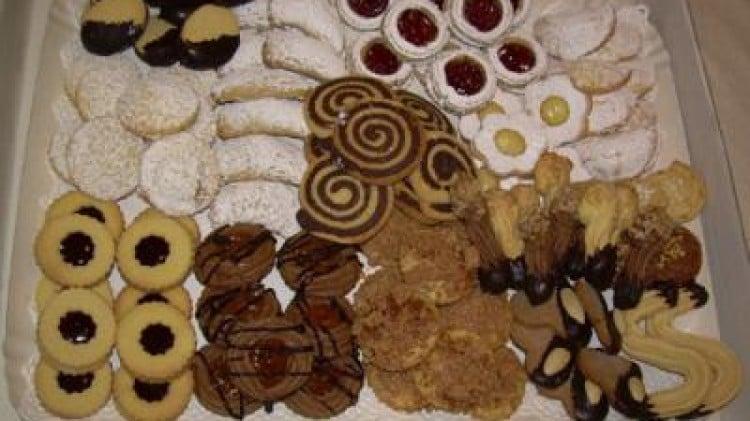 Assortimento di biscotti e pasticcini