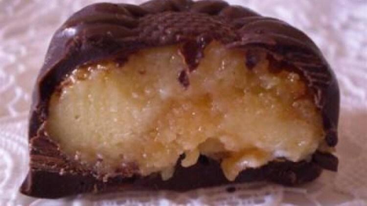 Cioccolatini con crema ed amaretti