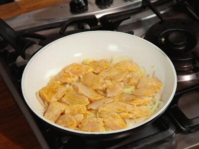 Petto di pollo al curry di Sonia