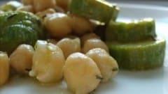 Insalata di zucchine e ceci