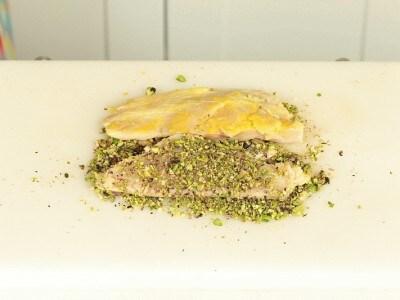 Orata in crosta di pistacchi