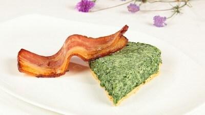 Crostata fredda agli spinaci e bacon croccante