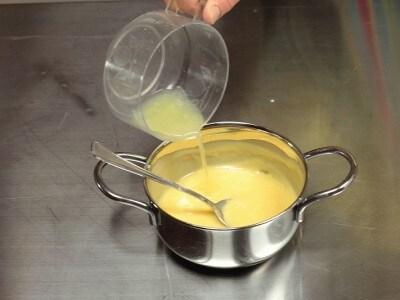 Budino di pane all'ananas