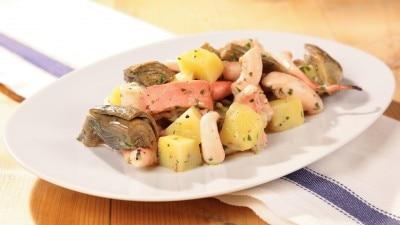 Insalata di polpo con patate e carciofi