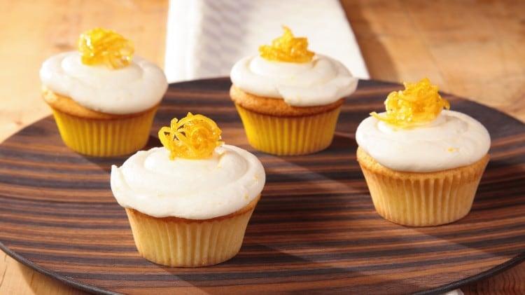 Cupcakes al limone con crema al burro al limone