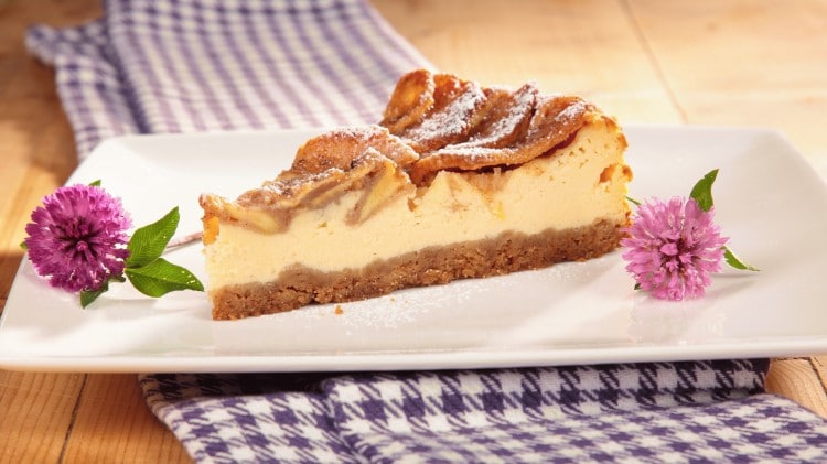 Cheesecake alle mele croccanti