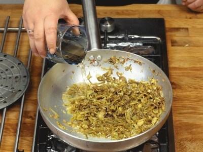 Pappardelle carciofi e salsiccia