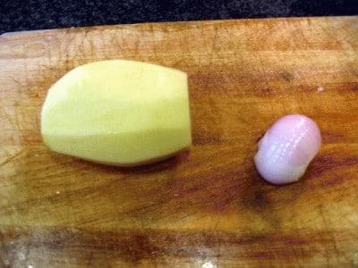Filetti di baccalà al forno con patate e cipolle