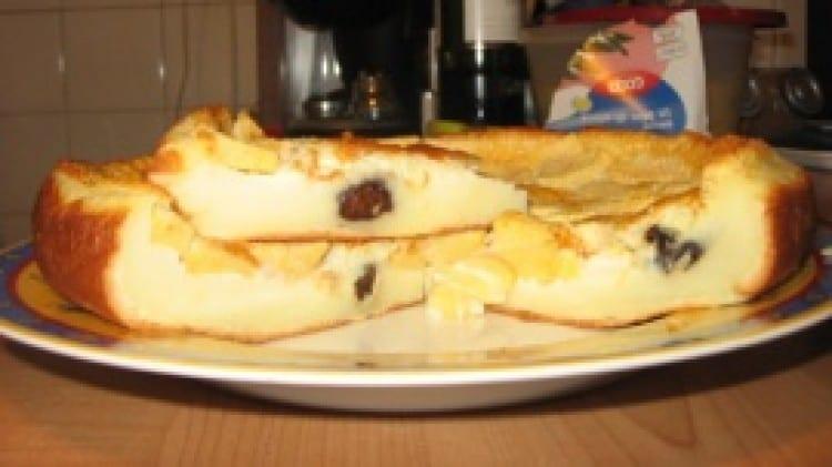 Clafoutis alle mele e prugne senza burro