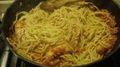 Spaghetti al tonno e scampi