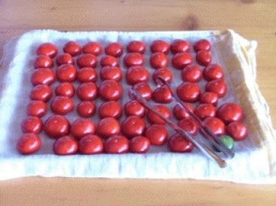 Peperoncini piccanti ripieni sott' olio