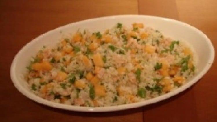 Insalata di riso gamberi, melone e rucola