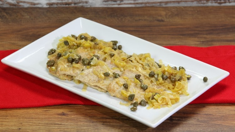 Fettine di vitello in salsa di porri e capperi