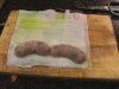 Polpettone con mandorle cavolicello e salsiccia