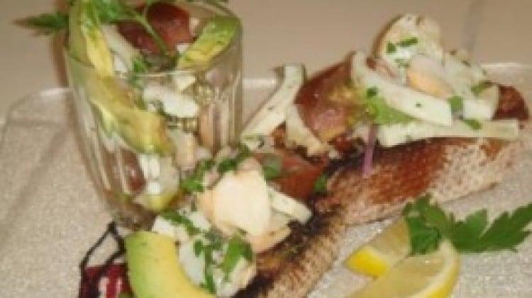 Insalata di gamberetti e calamari
