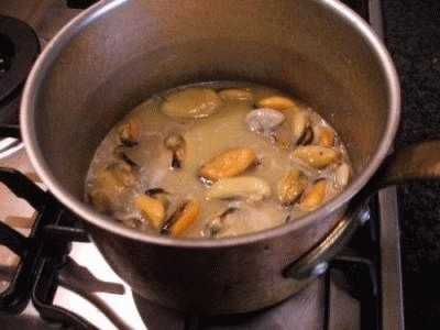Calamari e cozze alla catalana