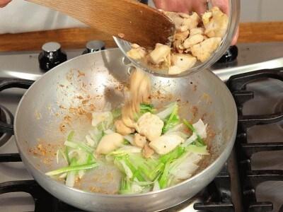 Pollo all'olio di sesamo