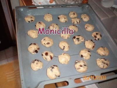 Biscotti al vin santo con uvetta e pinoli