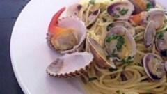Spaghetti con vongole e carciofini