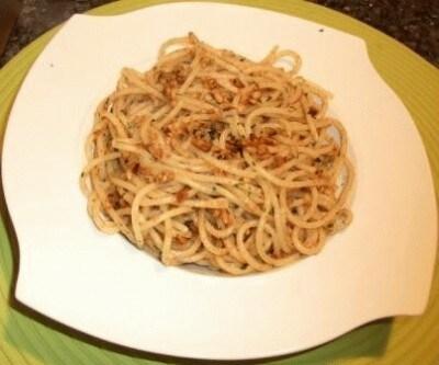 Spaghetti alle nocciole e bottarga